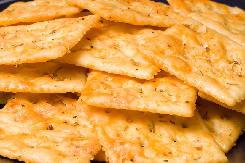 Cracker Uppers Rosemary Garlic Cheddar
