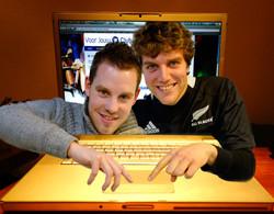 2013-Sander en Erik-ondernemer HVA-fotocartoon AvH -1
