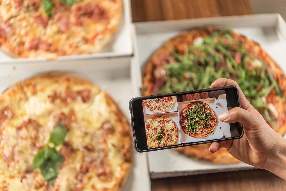 Pizza_social.jpg