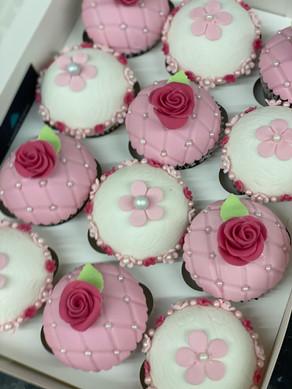 Custom Toppers (Pink & White Flower)