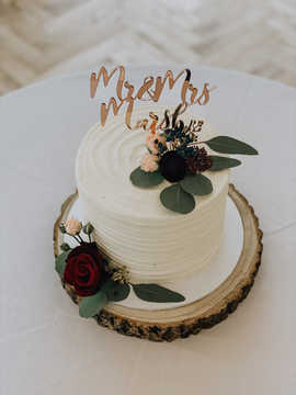 Medium Buttercream Cake