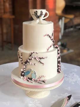 Medium 2 Tier Fondant Cake