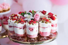 Pink-White-Gold-Garden-Party-via-Karas-P