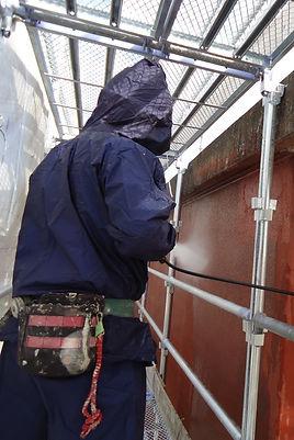 津市の塗装会社日塗建の高圧洗浄