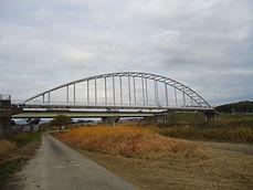 津市の塗装会社日塗建の施工した橋