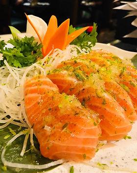 lime salmon sashimi.JPG
