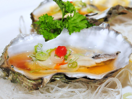 Indoor Dining & Fresh Oysters Tonight!