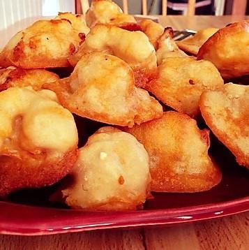 Buffalo Cauliflower with Feta Cheese Dip - amanda macgregor - momma mac - cooking corner - food allergy recipes