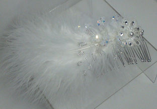 white feather comb 1.jpg
