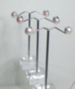 single pearl earring 1.jpg