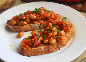 SAUCY BUTTER BEAN GARLIC BREAD | quick + simple meal