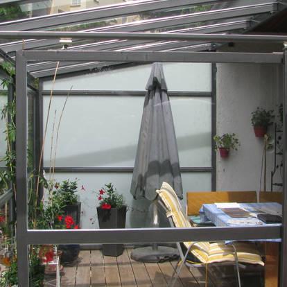 Terrasseneinhausung und leichter Wintergarten