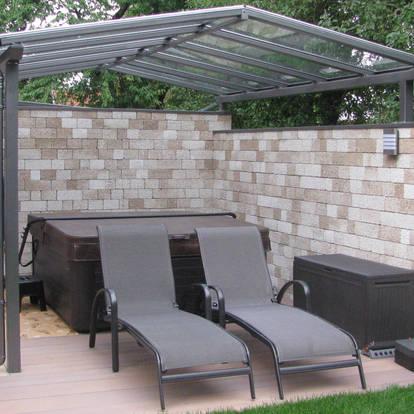 Wetter- und Sonnenschutzüberdachung