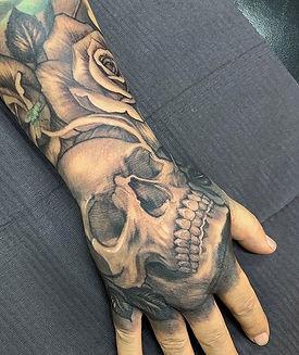 Tatuaje que hice a mi colega y mentor @r