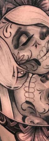 Elvia Guadian tatuadora mexico guadalajara chicano sombras