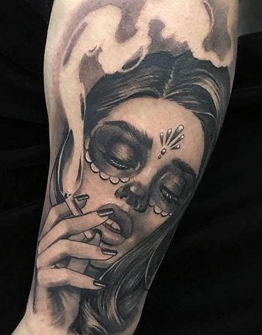 catrina fumando elvia guardian tatuaje black and grey guadalajara