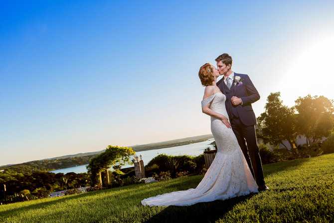Shannon + Wade: Cool and Simple Couple Marry on Lake Travis