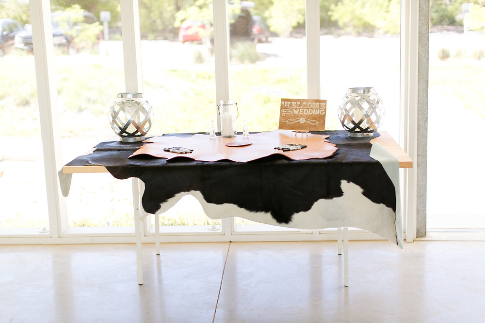 Eclipse Event Co, Mekina Saylor Photo, leather cowhide sign in table