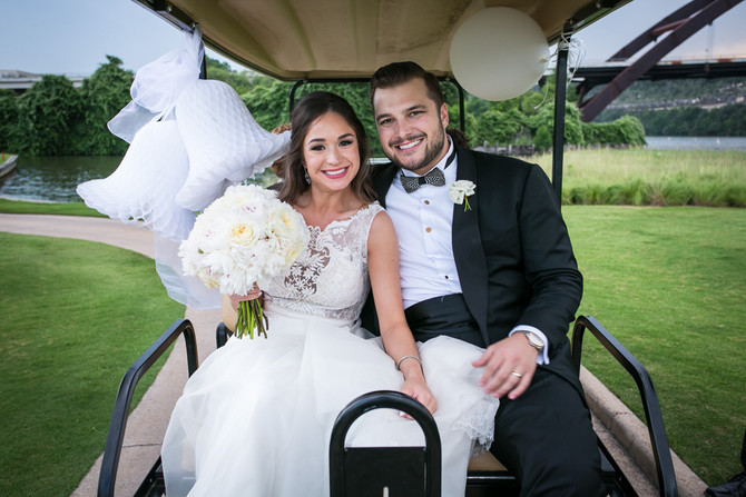 Gaby + Julian: Love with an Austin Flair