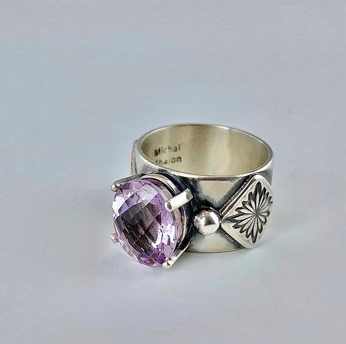 Lavender Amethyst Harlow Ring