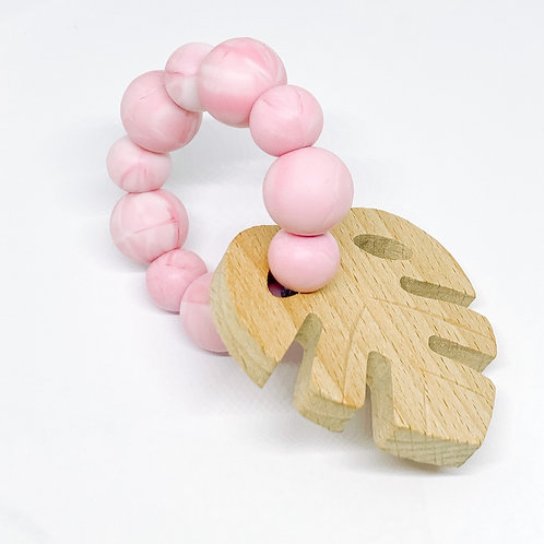 Monstera Teether in Marble Pink