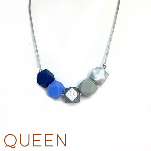 QUEEN Teething Necklace