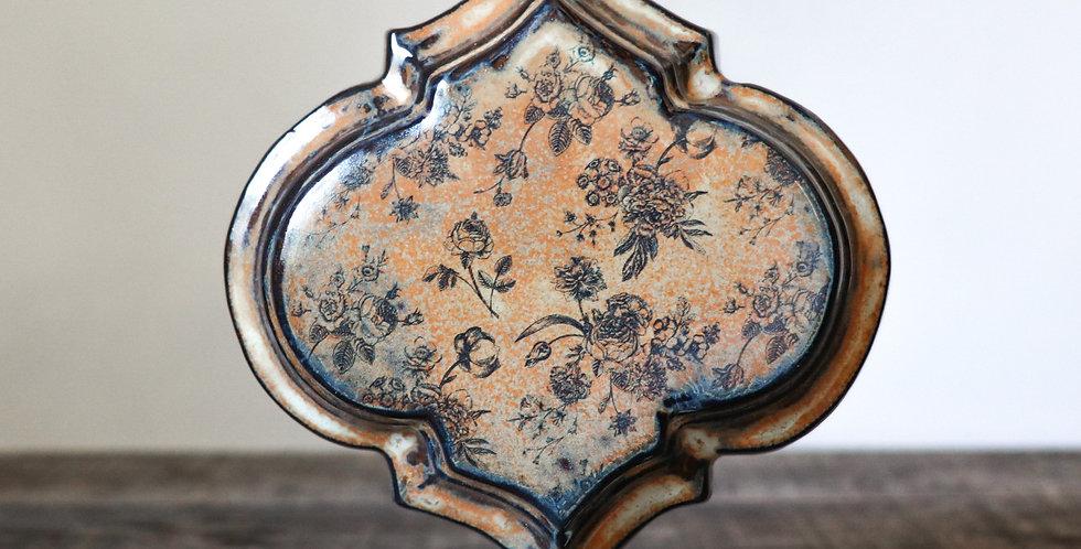 112: Quatrefoil Wall Vase-Rustic Rose
