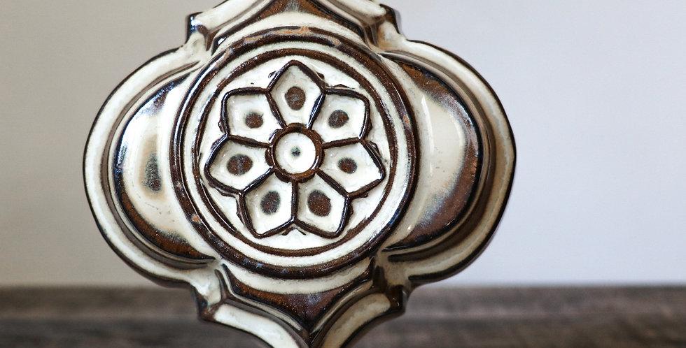 110: Quatrefoil Wall Vase-Rose Window