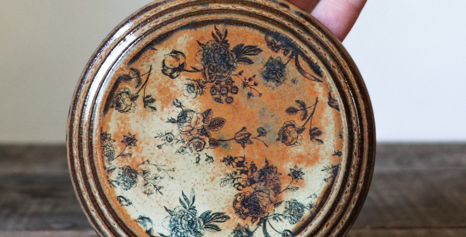 80: Round Wall Tile-Rustic Roses