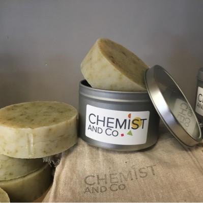 Brushed aluminium shampoo bar travel tin