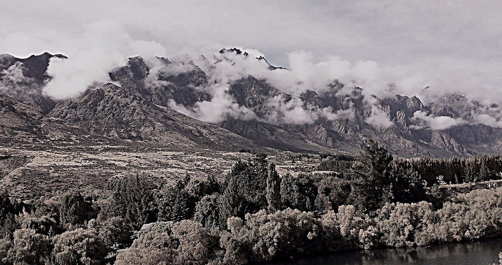 Scenery around Queenstown