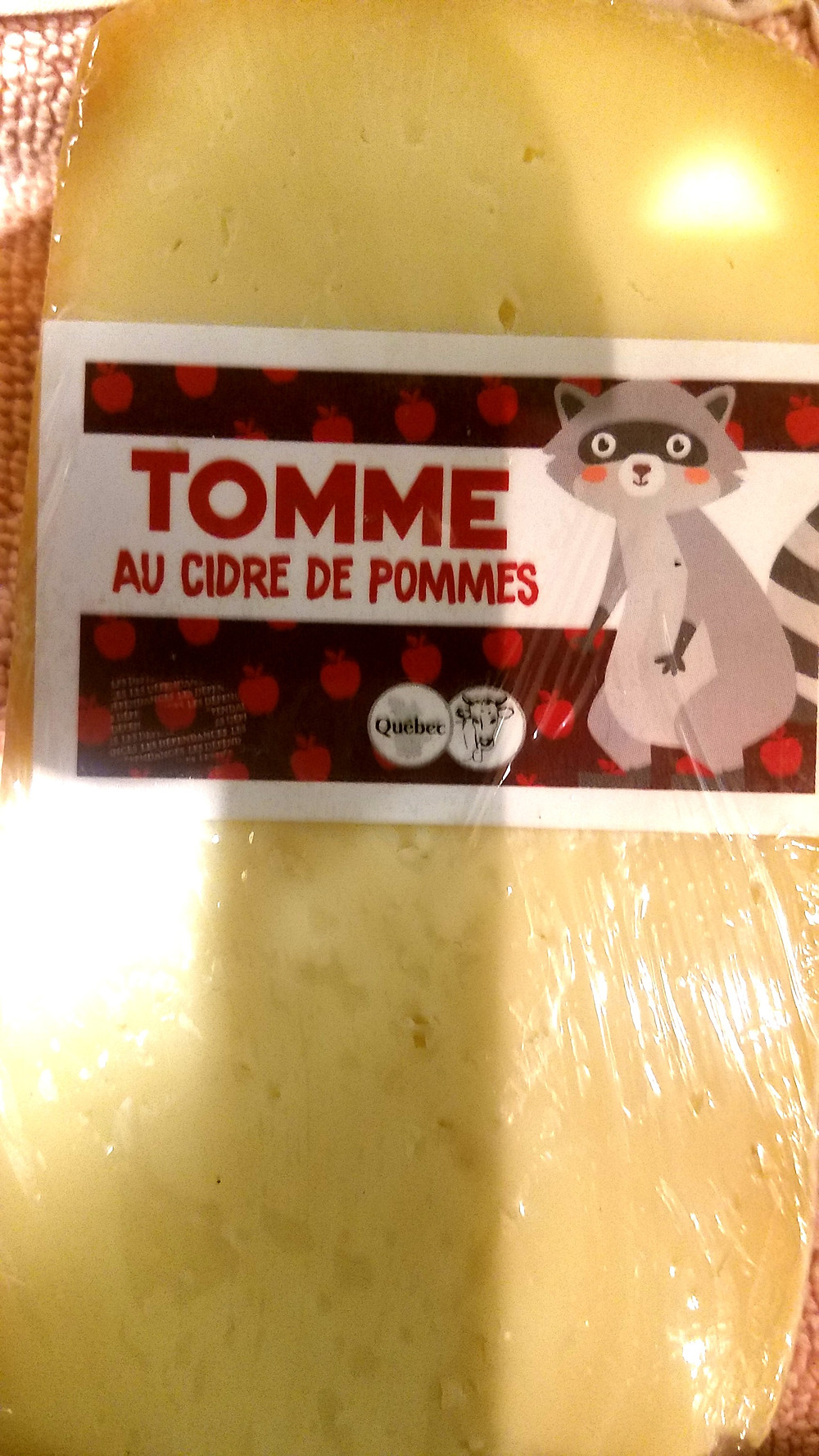 Traveleidoscope: Tomme cheese made with apple cider