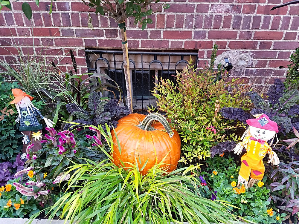 Traveleidoscope:  Festive Fall Decorations