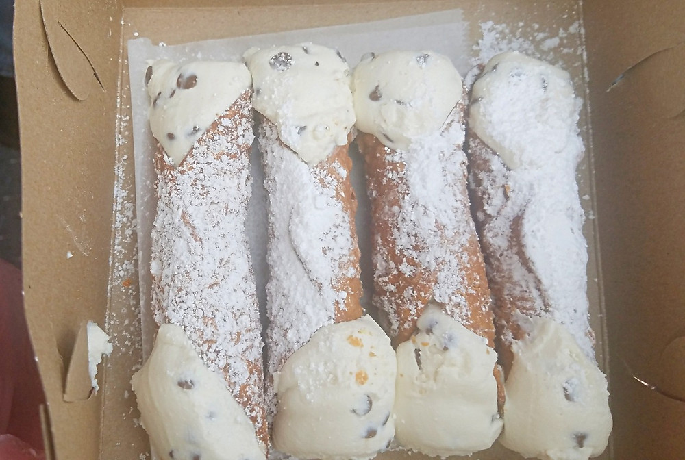 Traveleidoscope:  Olde World Cannoli, Atlantic City Seafood Festival