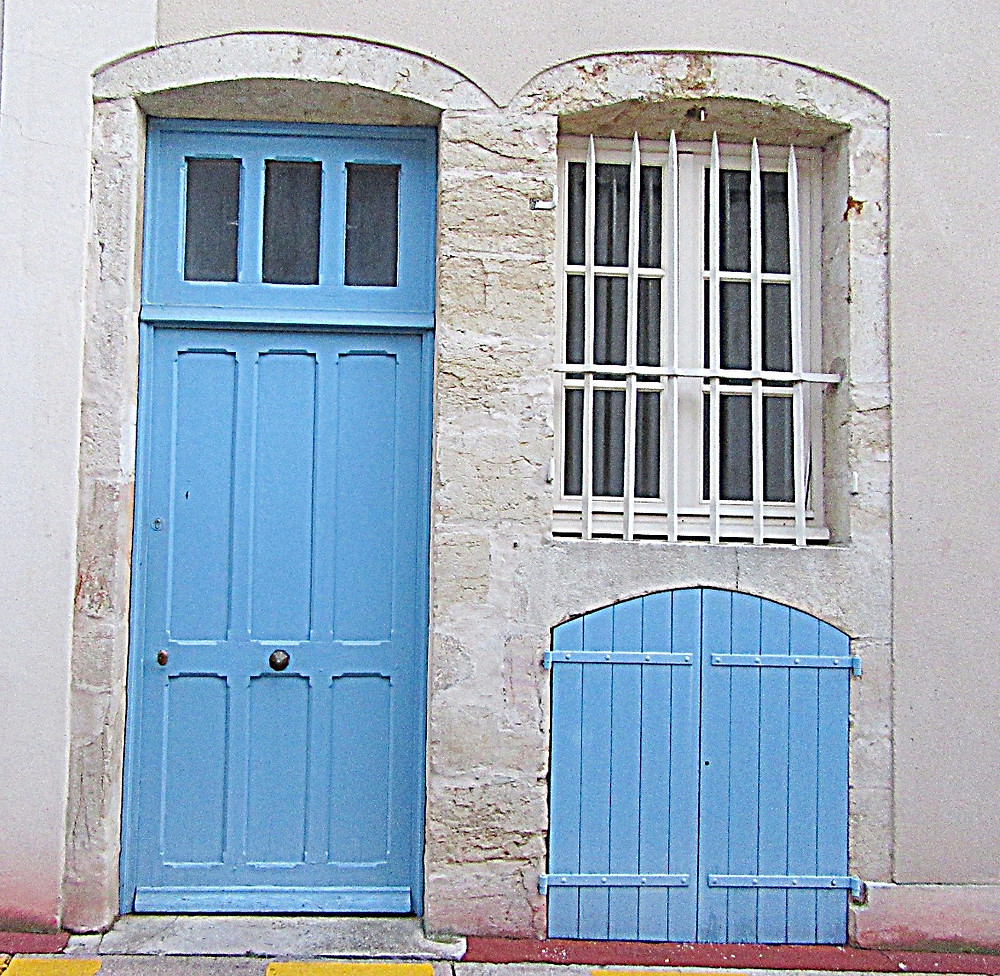 Traveleidoscope:  Doors of Beaune, France