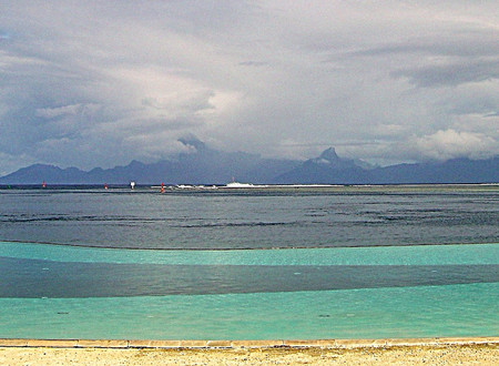Food Trucks…. In Tahiti?