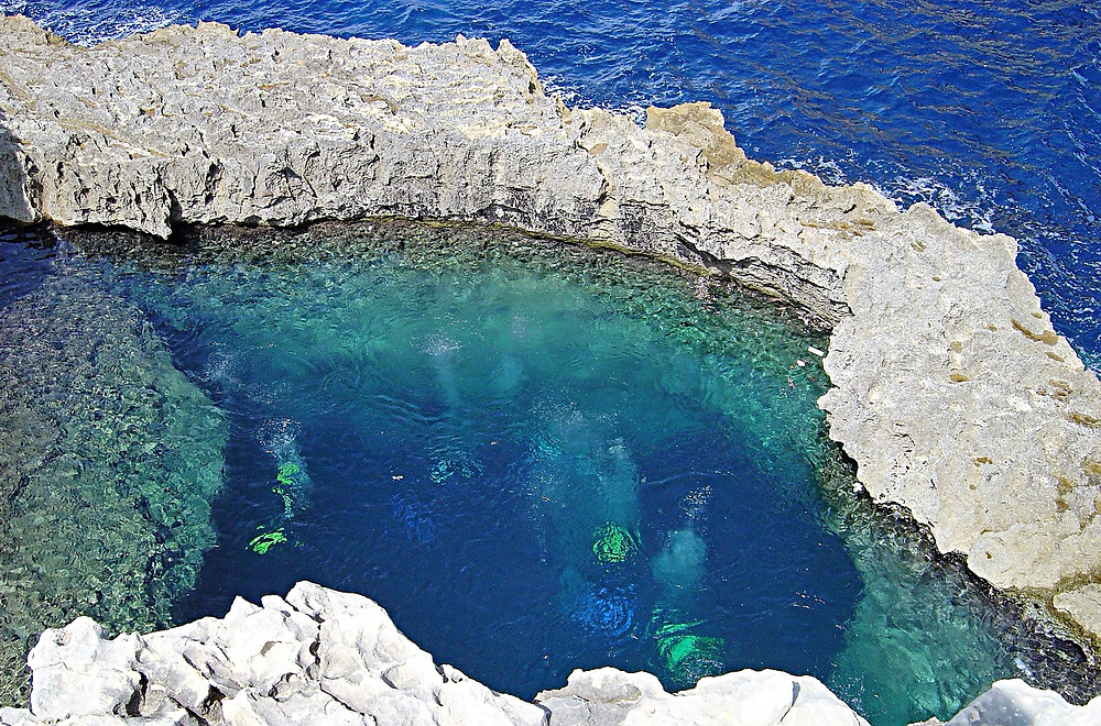Scuba divers in Gozo, Malta