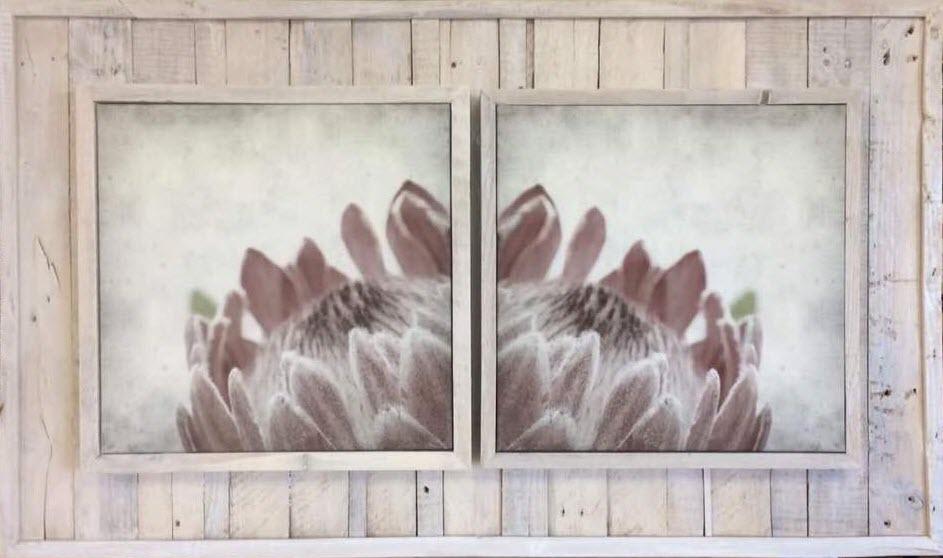 FrameTique canvas on wooden pallets