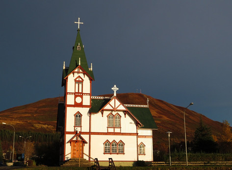 Húsavík Church