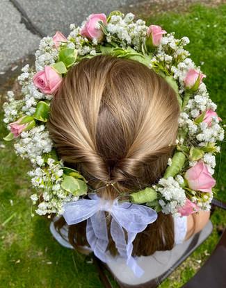 Head wreath, roses, baby's breath
