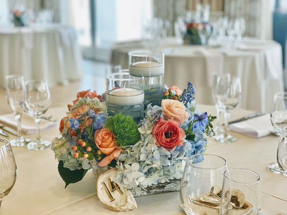Centerpiece in Rustic Box with Floating Candles