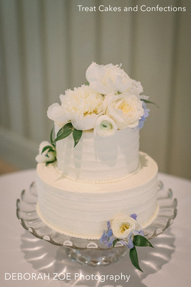 Cake by Treat Cakes & Confections