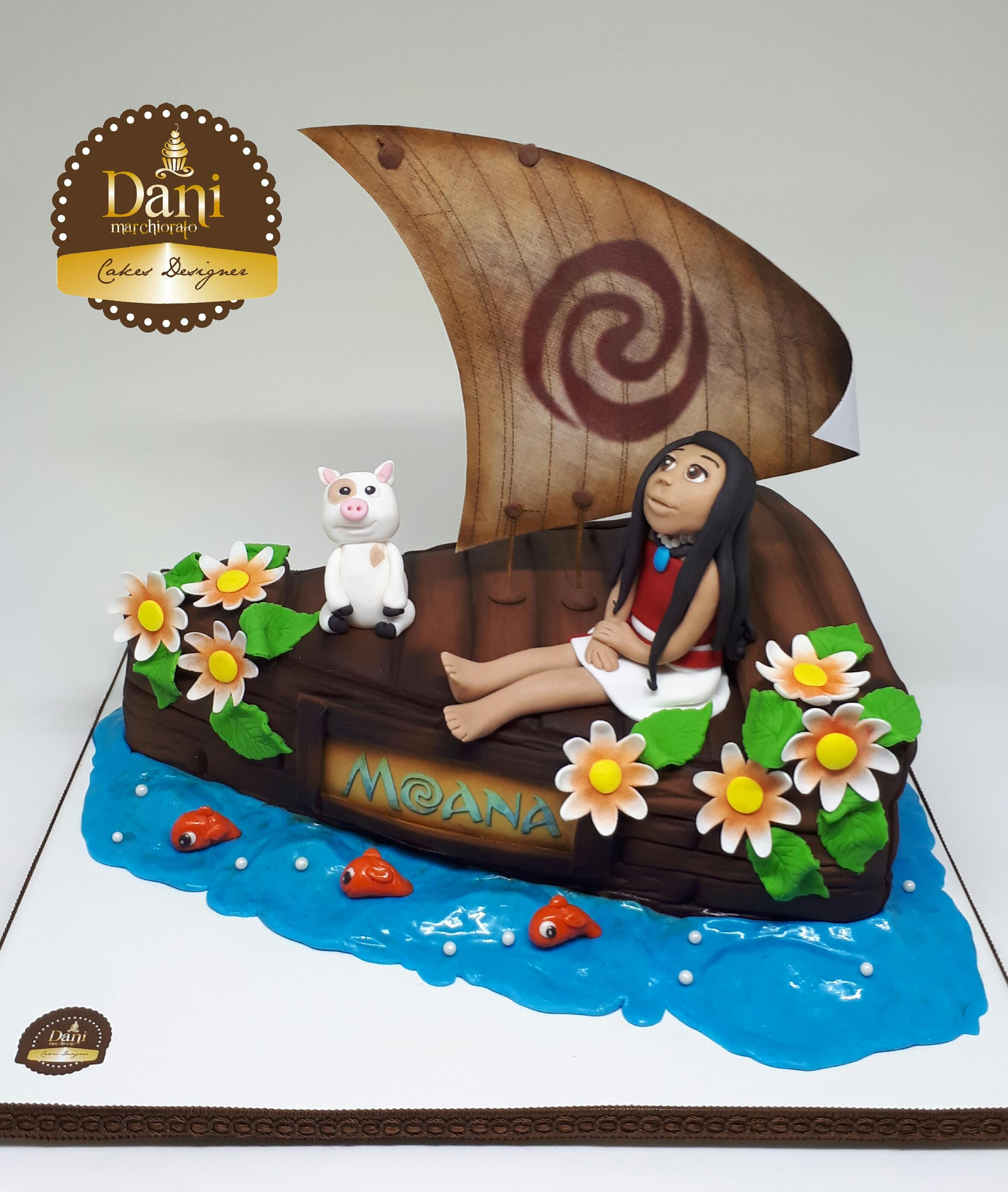 Bolo Barco Moana