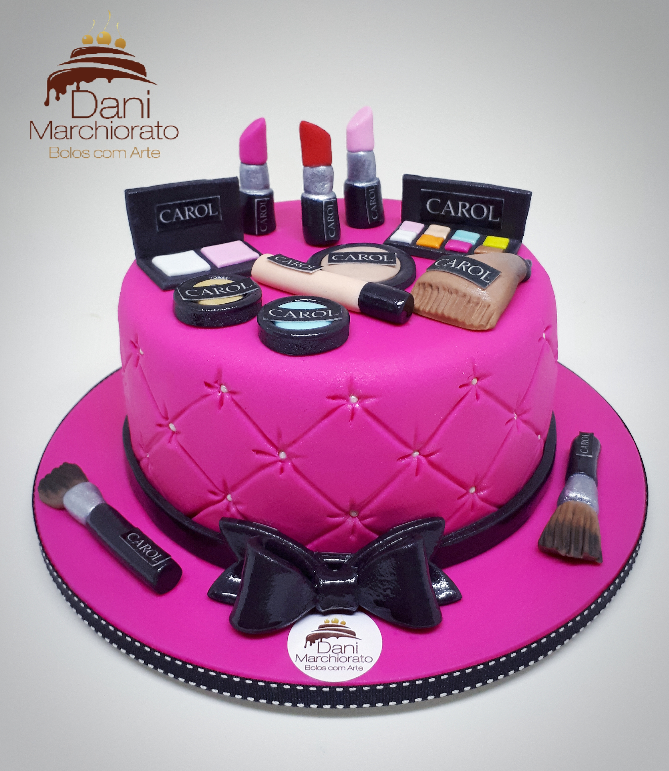 Bolo Pink Maquiagens