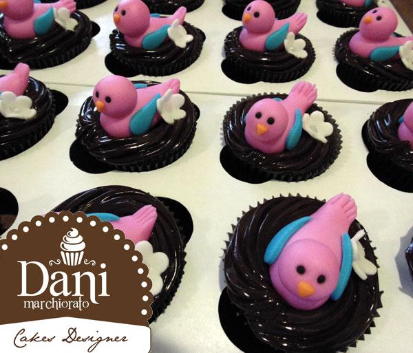 Cupcakes Pássaros Rosa com Ganache