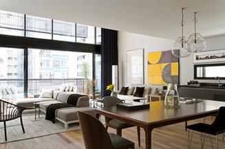 Modern-industrial-interior-design-in-bea
