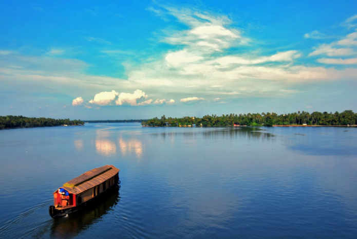 Kerala-tour-packages.2.jpg