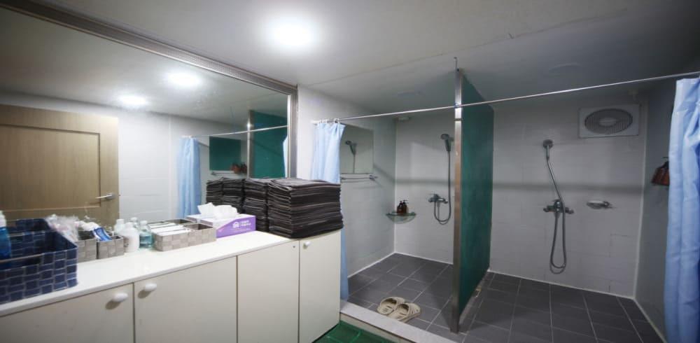 대전 탄방동 봄스웨디시 샤워실