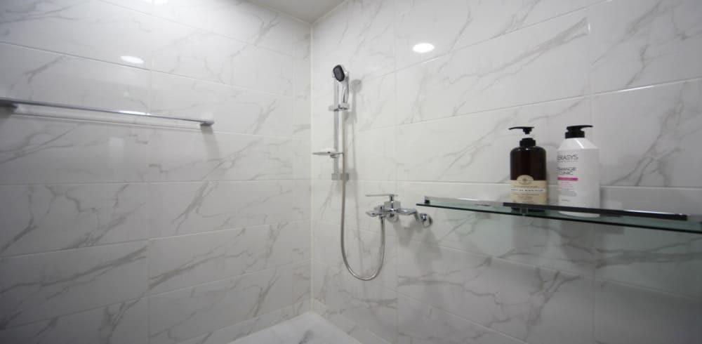 마곡역 마사지 구인구직 샤워실