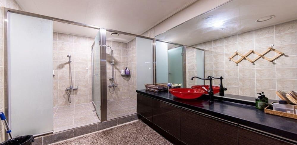 안양 인덕원 로얄바디케어 화장실